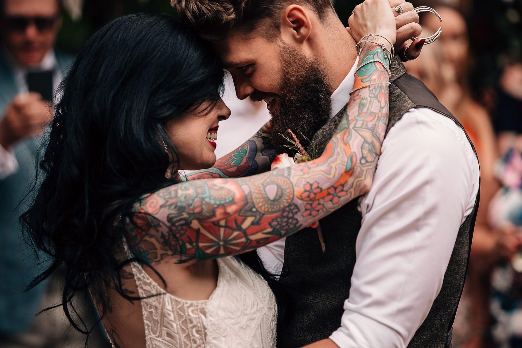 tattoo bride outdoor wedding photographer