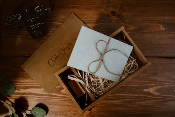 wedding-photo-prints-usb-wooden-box