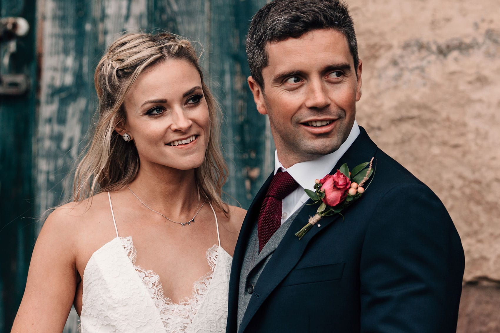 outdoor wedding seaside photography bride and groom