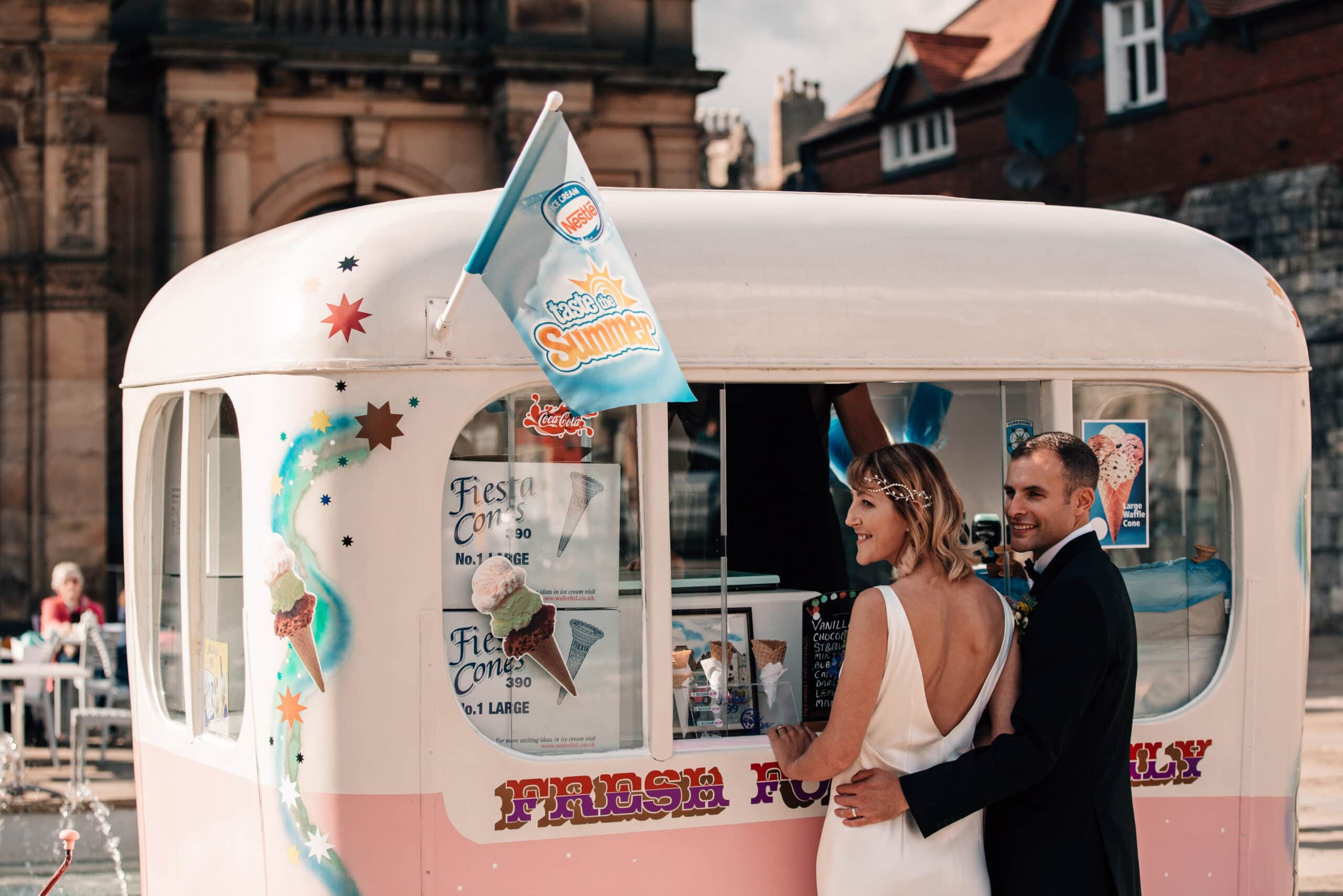 York micro wedding bride and groom at ice cream van